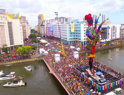 Carnaval de Recife com tratamento sustentável, Enzilimp